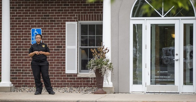 Office of dentist who killed Cecil the lion reopens