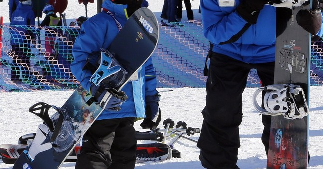 Snowboarding takes a slide in popularity; experts unfazed