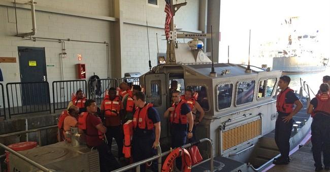 Crews survey ocean, Oahu coastline for oil after ship sinks