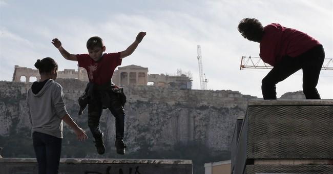 Austerity-battered Greeks favor radical left before vote