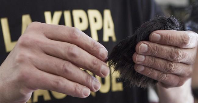 Israeli's 'magic' yarmulke made to protect Jews from attacks