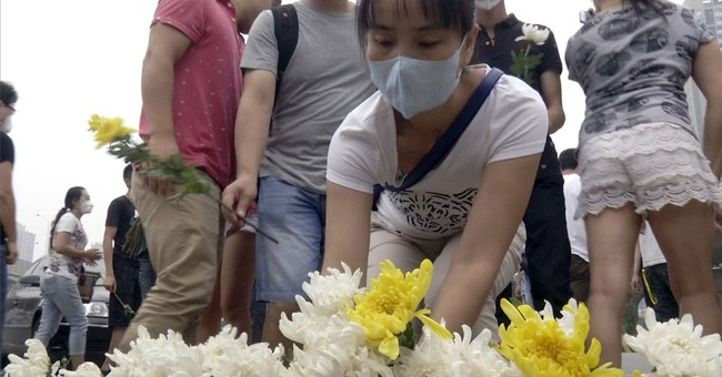 Thunderstorms complicate recovery from Tianjin port blasts