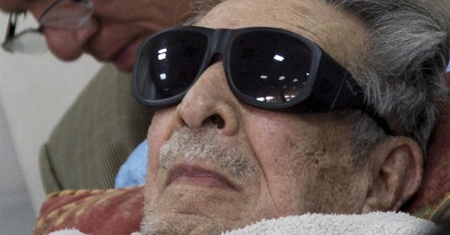 Doctors say Guatemala ex-dictator Rios Montt has dementia