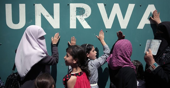 Last-minute cash for UN averts Palestinian school closures