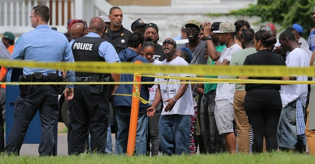 St. Louis police shoot, kill 18-year-old after home search