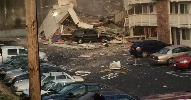 Explosion demolishes part of Washington state motel
