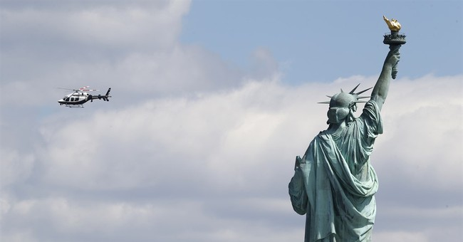 Feds: Man arrested for hoax bomb threat at Statue of Liberty