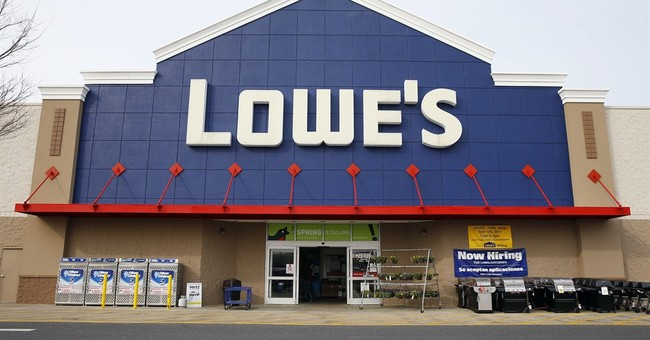 Lowe's 2Q revenue tops Street, appliance sales strong