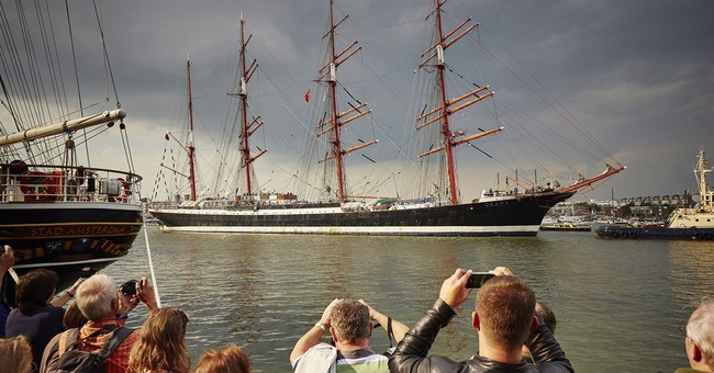 Tall ships arrive in Amsterdam for Sail maritime festival