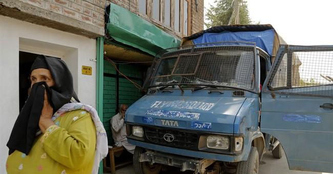 India objects to talks between Pakistan, Kashmir separatists