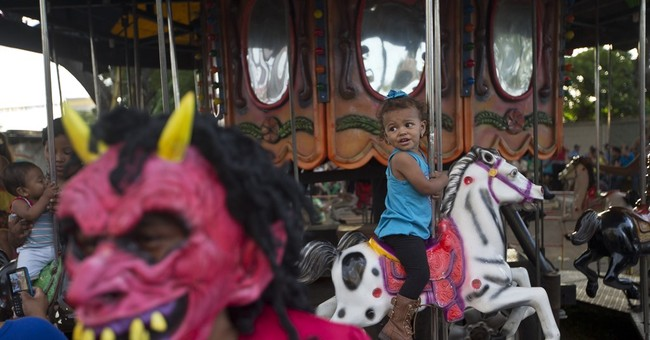 AP PHOTOS:  Annual festival invades Nicaraguan capital
