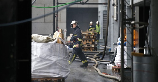Fire blazes at Paris science museum; 2 firefighters injured