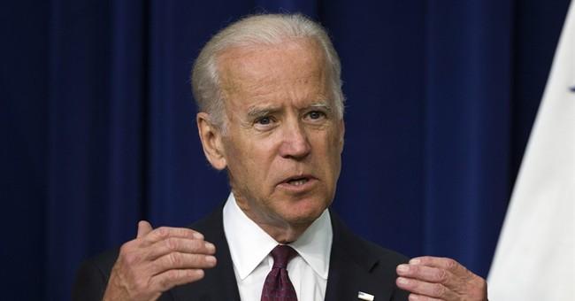 Biden consults with Warren as he mulls 2016 presidential bid