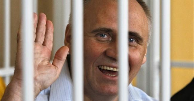 Belarusian president frees all 6 political prisoners