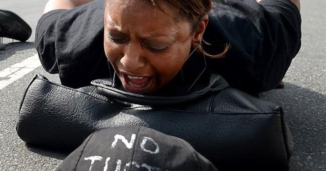 Officer's mistrial: Mother of slain man still wants justice