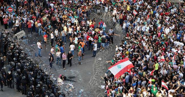 Dozens injured in second day of Beirut trash crisis protests
