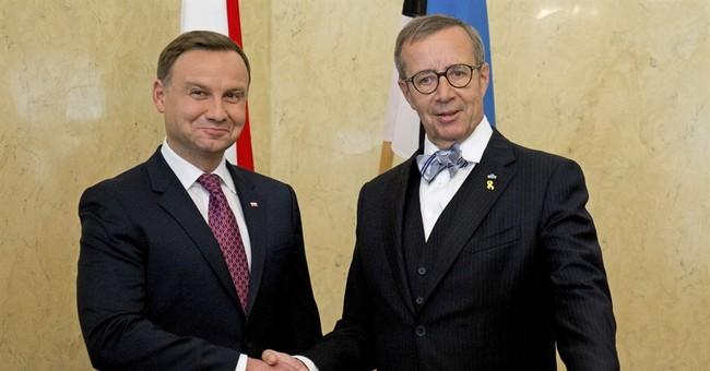 Polish president makes 1st trip abroad to Estonia