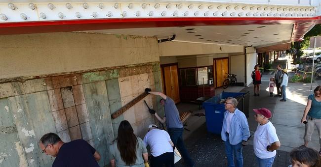 Whiteside Theatre group exposes original facade