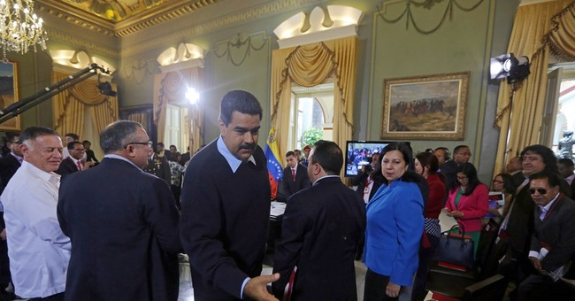 Venezuela deports some 1,000 Colombians in border row