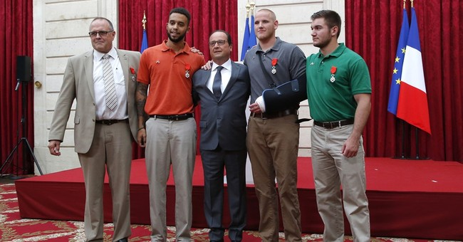 Americans, Briton who thwarted attack get France's top honor