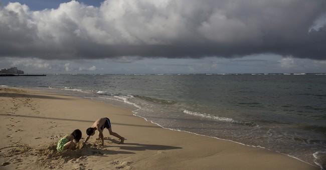 Hawaii officials reopen Waikiki beach after sewage spill