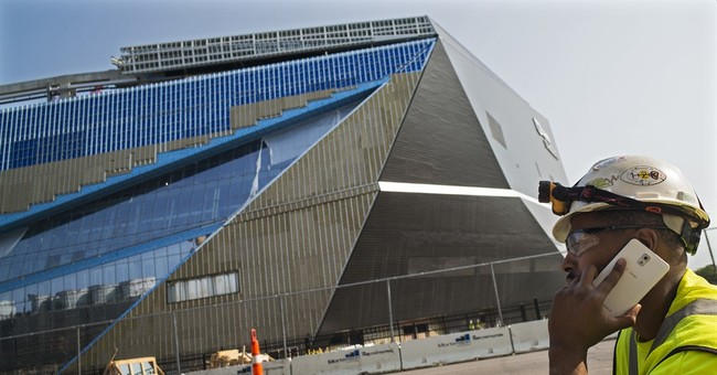 Company in Vikings stadium fatality had 9 safety violations