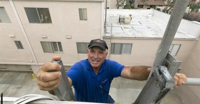 Drought-plagued California readies for El Nino storms