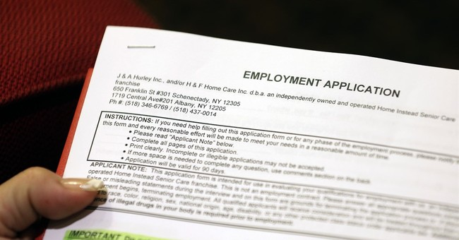 Applications for US jobless aid drop to very low 271,000