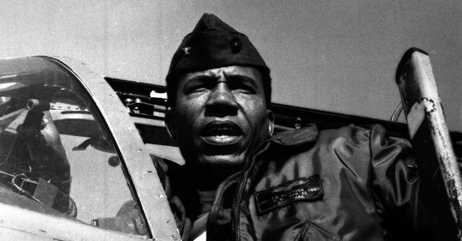 Frank E. Petersen Jr., first black Marine aviator, dies