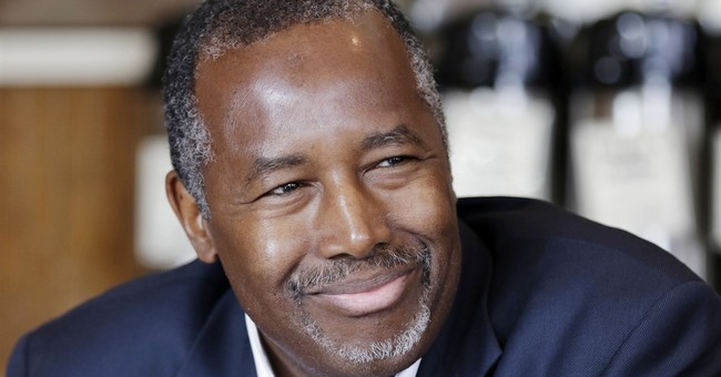 Ben Carson gains support as the other political outsider