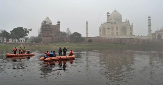 Indian officials: Obama cancels end of India visit