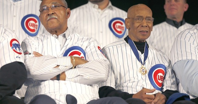 Hall of Famer Ernie Banks mourned in sports world and beyond