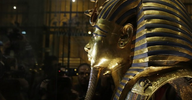 Expert says King Tut mask can be restored after epoxy used