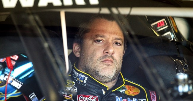 Stewart claims he didn't see man on track before fatal crash