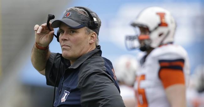 Illinois fires coach Tim Beckman 1 week before season opener