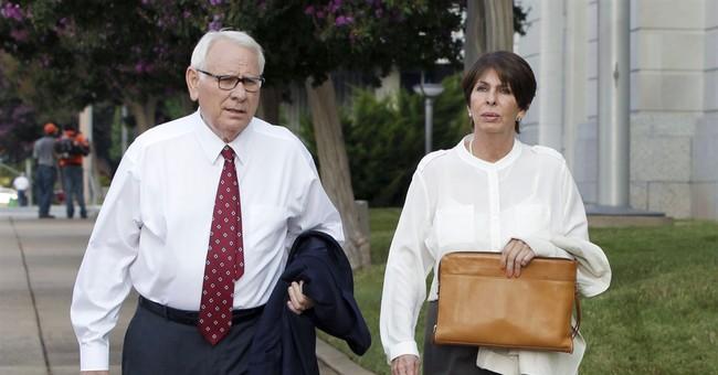 Ex-Arkansas treasurer gets 2 ½ years in prison