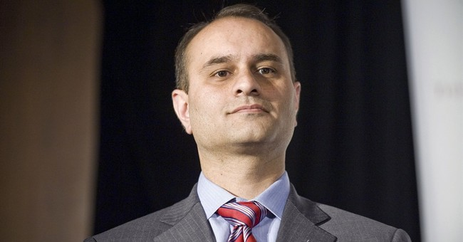 Ex-deputy treasurer who fled to Pakistan heads to US prison