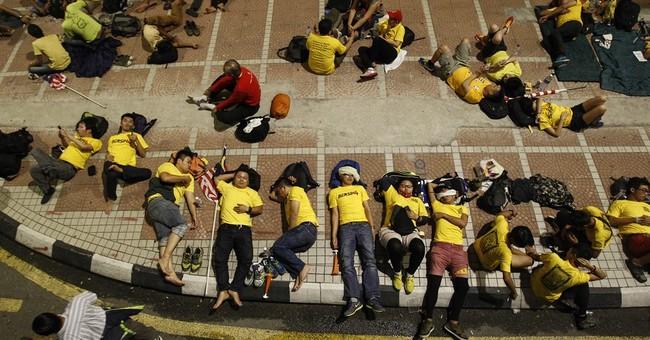 Huge Malaysia rally for Najib's resignation enters 2nd day