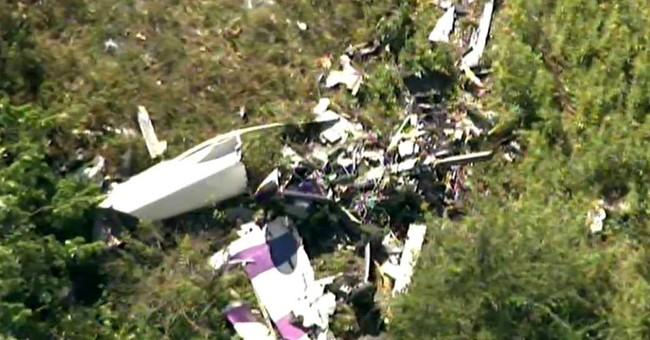 Stunt plane crashes ahead of NY air show, killing pilot