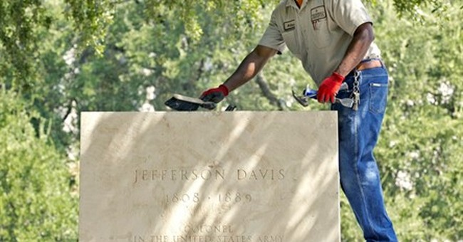 University of Texas removes Jefferson Davis statue