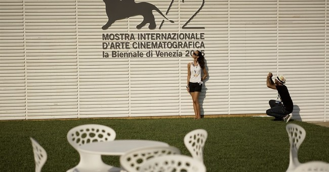 From 'Everest' to Depp, highlights of the Venice Film fest