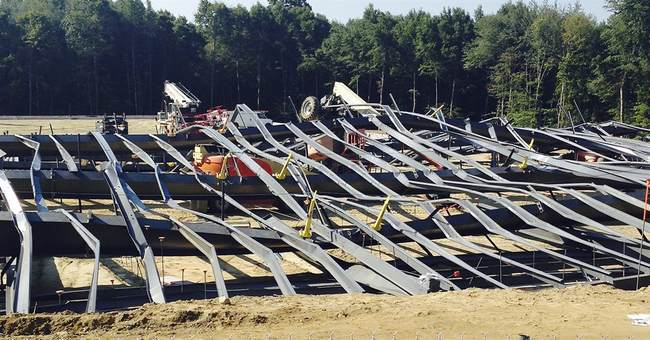 Crane operator blamed for Rhode Island building collapse