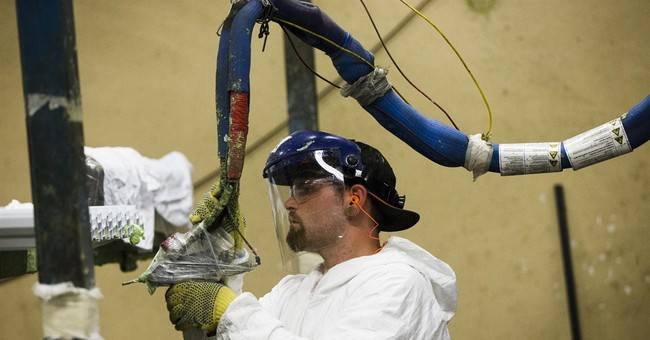 US factory orders edge up 0.4 percent in July