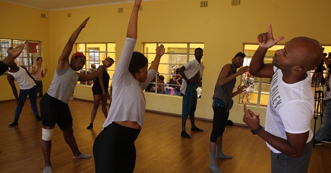 American dancers teach technique, confidence in South Africa