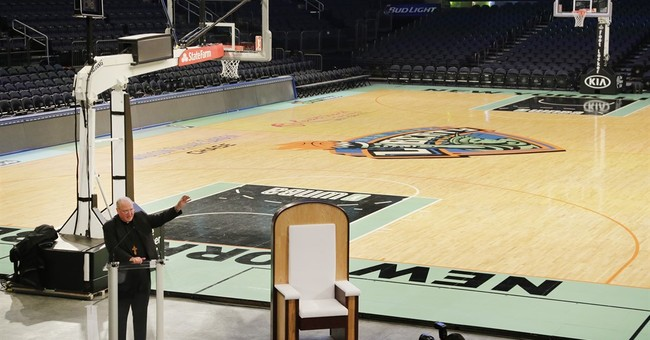 Chair built for Pope Francis for his Mass in NYC is unveiled