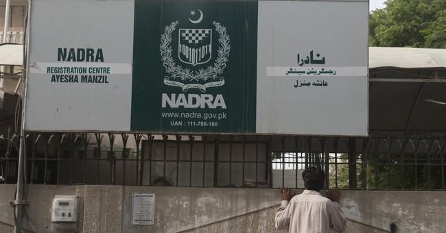 Pakistan corruption lets militants get national ID cards