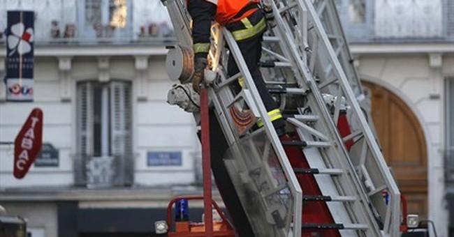 Blaze in Paris apartment building leaves 8 dead
