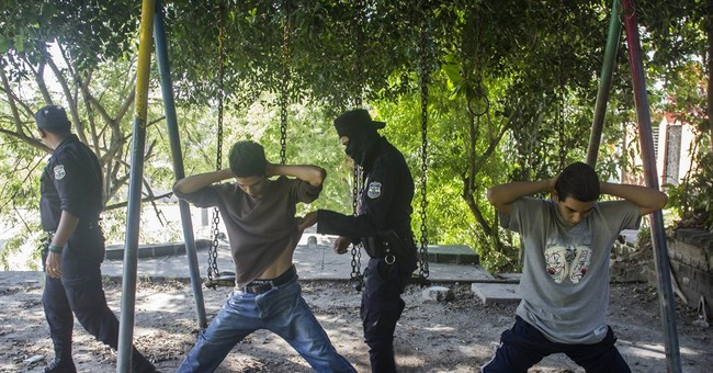 El Salvador sets new murder milestone with deadly August