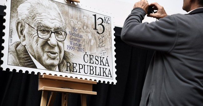 Sir Nicholas Winton has postage stamp in Czech Republic