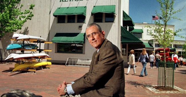 LL Bean stores in Freeport to close for leader's memorial